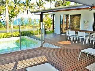 Banfields Retreat - on beachfront at Mission Beach - Wongaling Beach vacation rentals