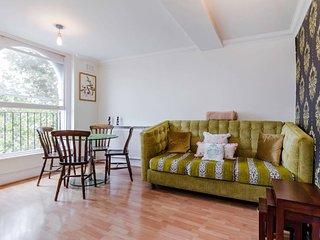 Victorian 2 Bedroom Flat in Notting Hill - London vacation rentals