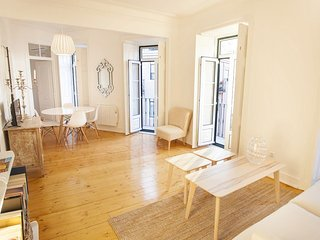 Charming Principe Real Flat! - Lisbon vacation rentals