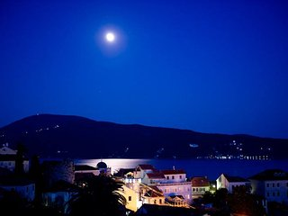 At Zuta Kuca (The Yellow House) 3 bedroom apartment, Traditional villa, old town - Herceg-Novi vacation rentals