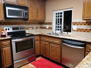 Furnished 5-Bedroom Home at Beach Blvd & Stage Rd Buena Park - Buena Park vacation rentals