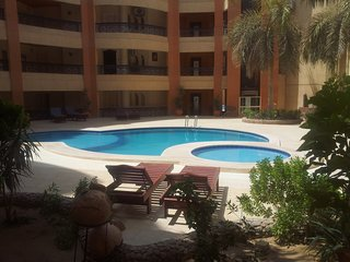 Regency Towers, (3) Ground floor, Modern, 1 Bedroom apartment, Prime Location - Hurghada vacation rentals