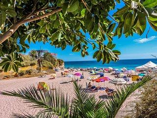 ❤ Beach Club Apartment | Vau - Portimao - Portimão vacation rentals