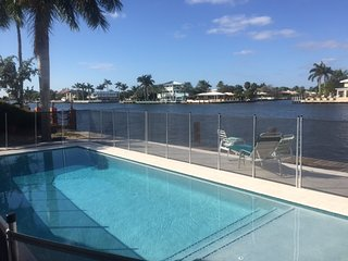 SALTY BUNGALOWS: STAY AT THE ROSIE FOR VACATION, STAYCATION, OR RELOCATION - Fort Lauderdale vacation rentals