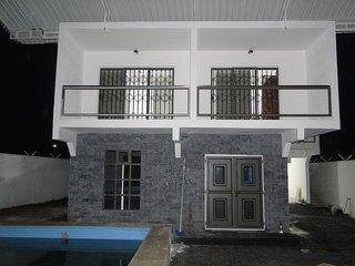 Cozy 3 bedroom Condo in Grand Gaube - Grand Gaube vacation rentals