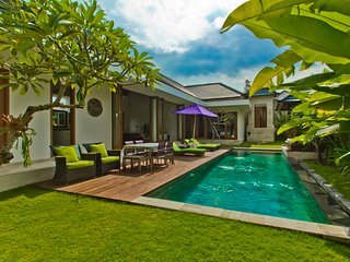 Cozy Oasis 4Br Canggu 5min beach - Pererenan vacation rentals