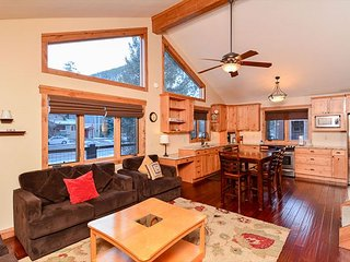 La Dulce Vie Downtown Frisco Colorado Vacation Home - Frisco vacation rentals