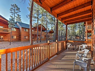 Inviting 3BR Pinetop Townhome w/Fireplace! - Pinetop vacation rentals