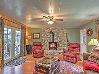 3BR Ashford 'Wildwood' Cabin w/ Hot Tub! - Ashford vacation rentals