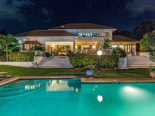 Caribbean Jewel - Ideal for Couples and Families, Beautiful Pool and Beach - Montego Bay vacation rentals