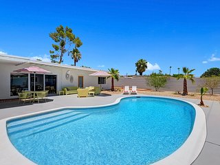 The Barbie House - Palm Springs vacation rentals