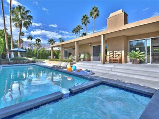 Cozy House with Television and DVD Player - Palm Springs vacation rentals