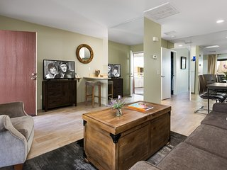 Biarritz Modern Delight - Palm Springs vacation rentals