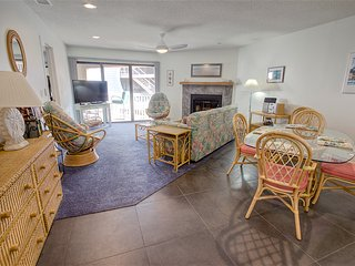 Hibiscus Resort - C202, Ocean View, 2BR/2BTH, 3 Pools, Wifi - Saint Augustine vacation rentals