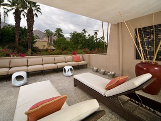 Villa de Las Palmas Modern - Palm Springs vacation rentals