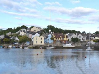Lovely Cottage with Internet Access and Television - Hooe vacation rentals
