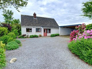 Cozy 2 bedroom Clydey Cottage with Television - Clydey vacation rentals