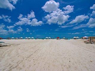 2BR2BA 2nd Floor Siesta Key Crescent Beach FreeWiF - Siesta Key vacation rentals