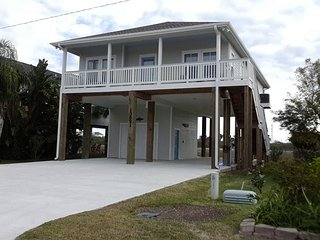 West Galveston-3 BR,, 2 BA- Raised Cottage built in 2016 - Galveston vacation rentals