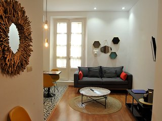 Chic Reno'd 2-BR Apt in Historic Centre Near All - Malaga vacation rentals