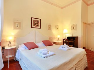 Cosy little apartment by Ponte Vecchio - Florence vacation rentals