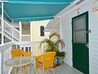 Orchid Suite - Cute Suite 1 Block to Duval! Pvt Parking! Perfect location! - Key West vacation rentals