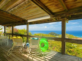 Beautiful 3 bedroom Villa in Cruz Bay with Internet Access - Cruz Bay vacation rentals