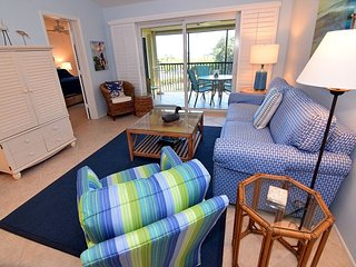 Gulf view Sandpiper Beach condo with extras and Free WIFI - Sanibel Island vacation rentals