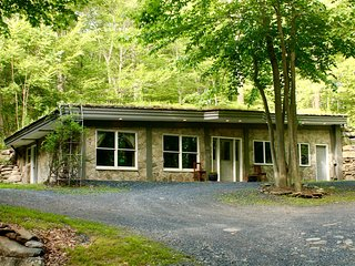 Earth Berm House at Terra Casa Retreat Center - Plattekill vacation rentals