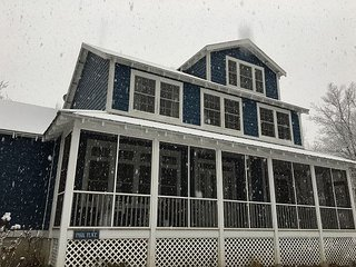 Kid Friendly Home In Beachwalk Steps to Park, Pool, Beach  Golf Cart Included - Michigan City vacation rentals