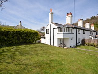 Charming House with Internet Access and Fireplace - West Lulworth vacation rentals