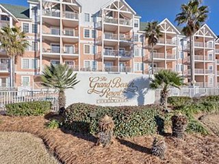 Beach Condo 3BR-2BA Large Condo & Master, Double Balcony, W/D'n unit, Free Wifi - Gulf Shores vacation rentals