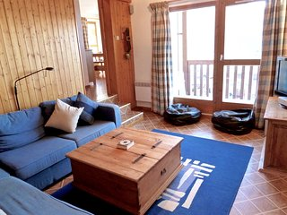 Light and spacious 4 bedroom apartment in the heart of Peisey Vallandry - Peisey vacation rentals