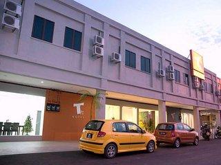 Convenient 41 bedroom Kuala Perlis Apartment with Internet Access - Kuala Perlis vacation rentals