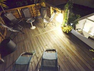 Spacious designer apartment + studio - Nice vacation rentals