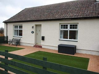 2 bedroom Cottage with Hot Tub in Dalwhinnie - Dalwhinnie vacation rentals