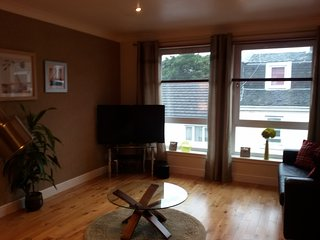 Bright 2 bedroom Largs Apartment with Internet Access - Largs vacation rentals