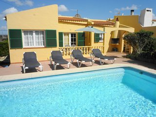 Comfortable 3 bedroom Minorca Chalet with Internet Access - Minorca vacation rentals