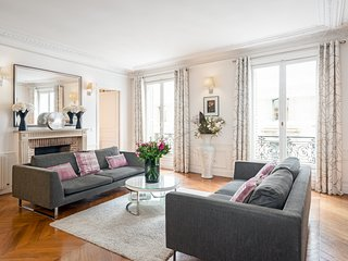 Saint Germain Luxury Three Bedroom