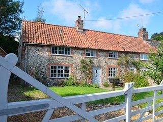 Rose Cottage is a traditional brick and flint country cottage in North Norfolk - Wighton vacation rentals
