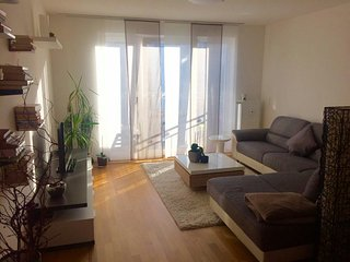 Moderne Wohnung in Top-Lage in Fürth (mit Balkon) - Fürth vacation rentals