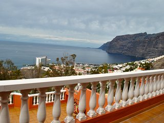 Beautiful view in Colonial Parque - Acantilado de los Gigantes vacation rentals