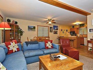 Brightly Decorated 3 Bedroom Condominium in the Heart of Canaan Valley, WV! - Davis vacation rentals