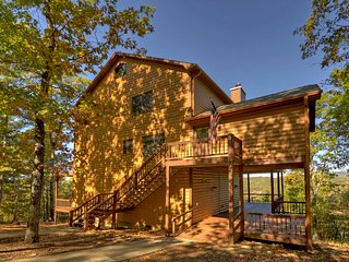 Nice Lodge with Deck and Internet Access - Morganton vacation rentals