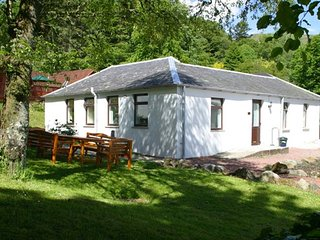 Bright 3 bedroom Cottage in Straiton with Internet Access - Straiton vacation rentals