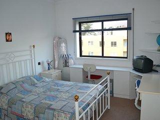 Dois Quartos com Casas Banho privativa (2 Suites) - Santa Maria da Feira vacation rentals