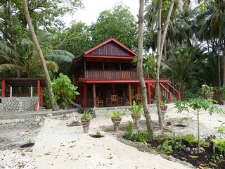Surf lodge, Asu Island, Northern Sumatra, Indonesia. Perfect waves-no crowd - Nias Island vacation rentals