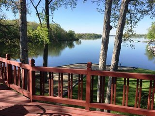MI Lakehouse Rental-Includes Pontoon-7 Chain Lakes - Coldwater vacation rentals