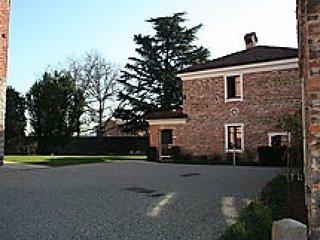 Comfortable 1 bedroom Vacation Rental in Sandigliano - Sandigliano vacation rentals