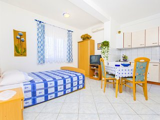 Apartments Biserka Novalja - type 2 - Novalja vacation rentals